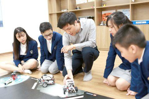 Chương trình STEM-ROBOTICS